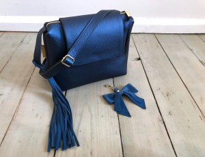 Mini Single Clap Galaxy Blue Leather Ready to Go!