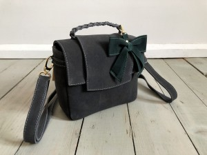 Mini Classic Clap Bag Graphite Suede