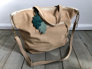 Simple Large Bag Cream Suede Ready to Go!