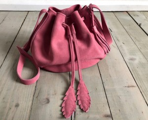 Little Bucket Feathers Bag Rose Suede