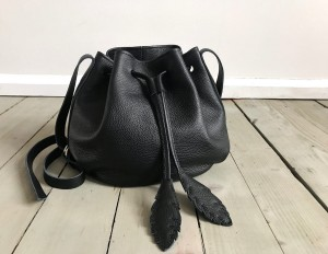 Little Bucket Feathers Bag Black